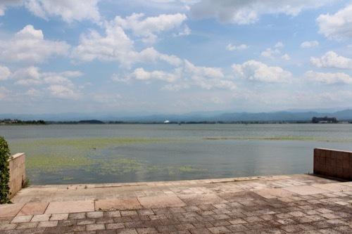 0265:中谷宇吉郎雪の科学館 潟の畔から③