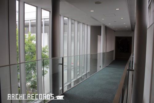 0270:小松市宮本三郎美術館 ブリッジ2階①