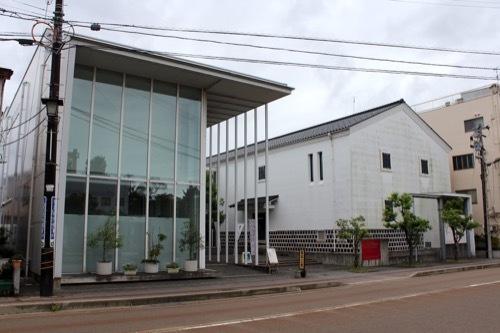 0270:小松市宮本三郎美術館 正面全体外観①