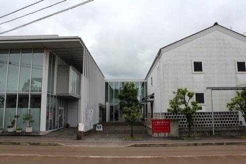 0270:小松市宮本三郎美術館 正面全体外観③