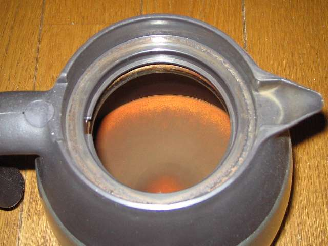 TIGER コーヒーメーカー 真空ステンレスサーバータイプ 8 杯用 ACW-S080-KQ 真空ステンレスコーヒーサーバー内部のコーヒー汚れ・こびりつき 拡大