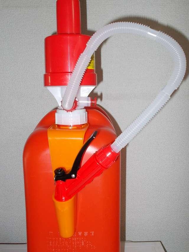 タカギ ポリカンポンプ D089RF ポリタンク用 電池不要 2年保証 灯油ポリタンクに装着