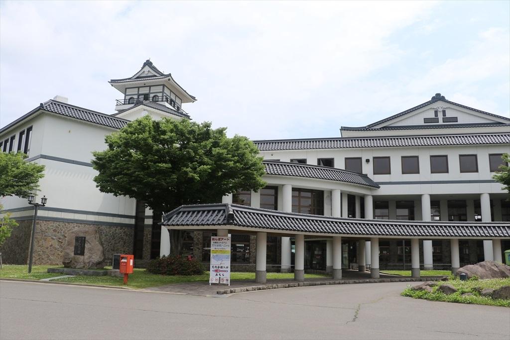 村役場の建物_1