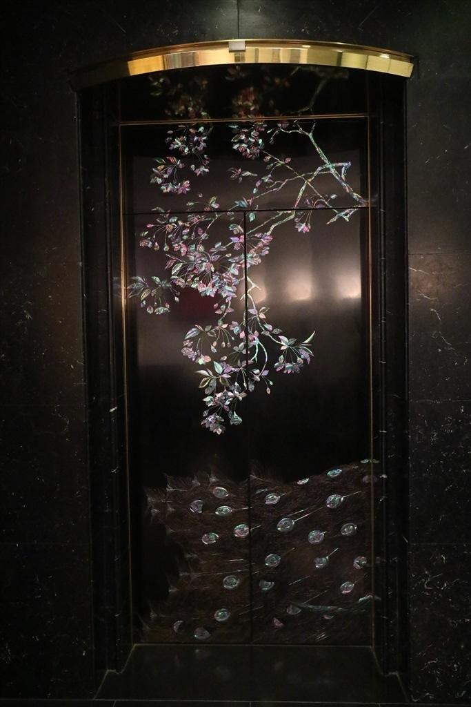 エレベータの装飾_2
