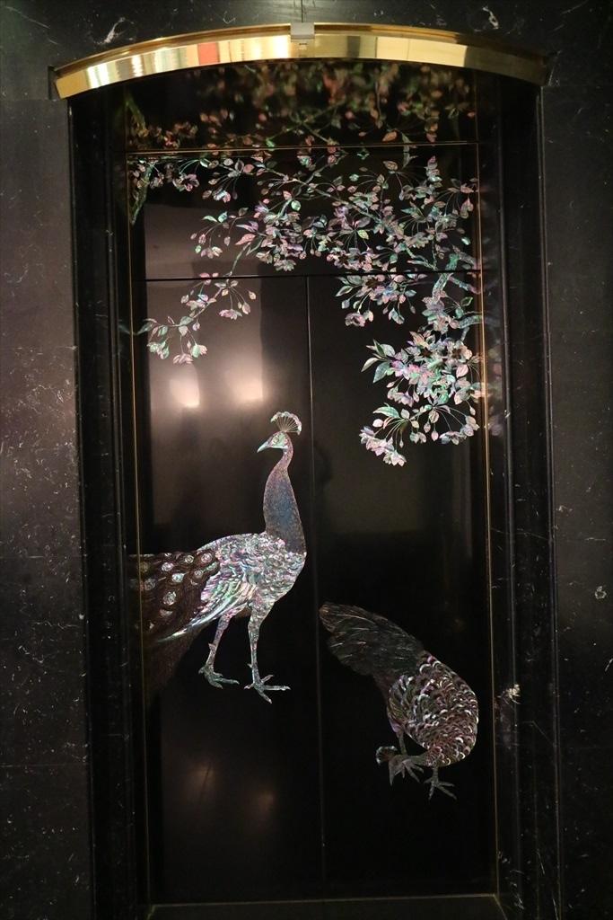 エレベータの装飾_1