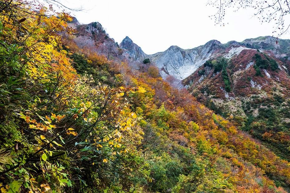 2018.10.15雨飾山の紅葉 1 (7)