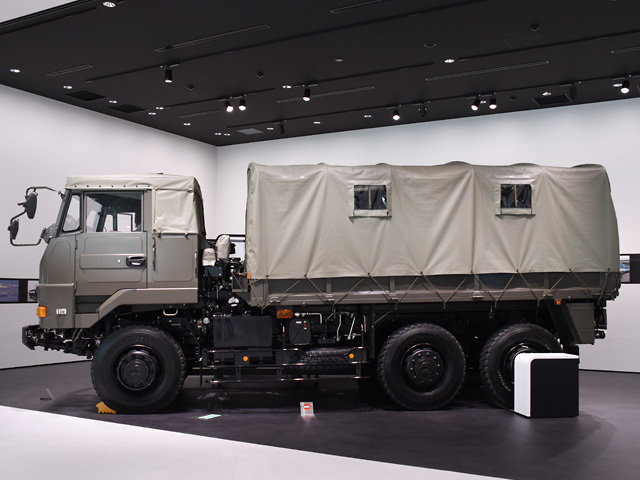 ISUZU_JGSDF_170923.jpg