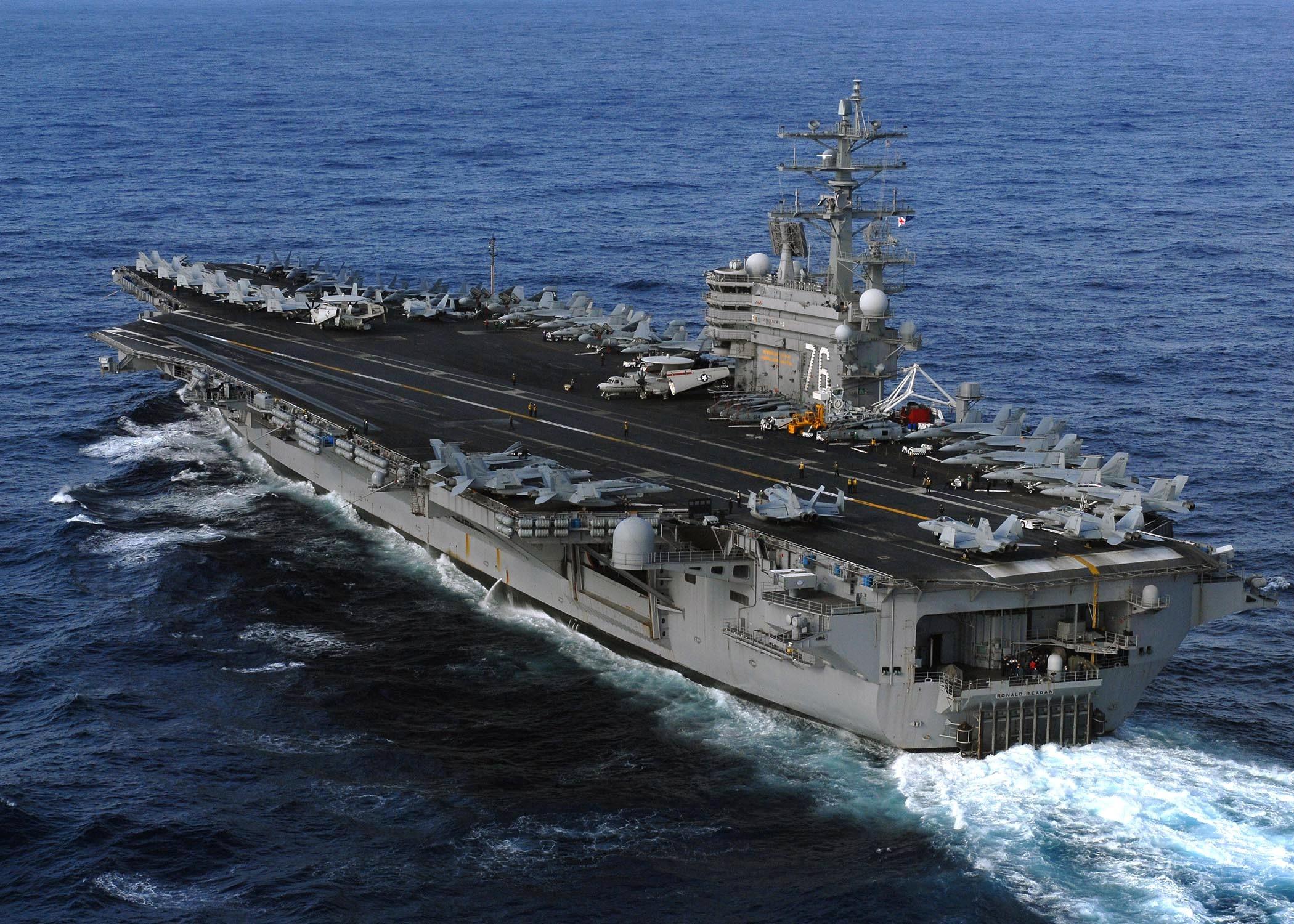アメリカ海軍・空母・戦闘機