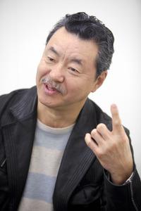 日野皓正氏(ジャズトランペット奏者)、中学生の髪をつかみ往復ビンタ!の画像