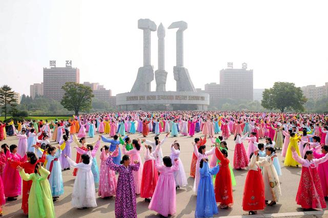 プーチン氏から祝電、北朝鮮建国記念日!原爆と水爆を保有する核保有国であることを強調!の画像