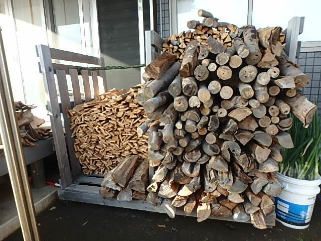 薪の補充9