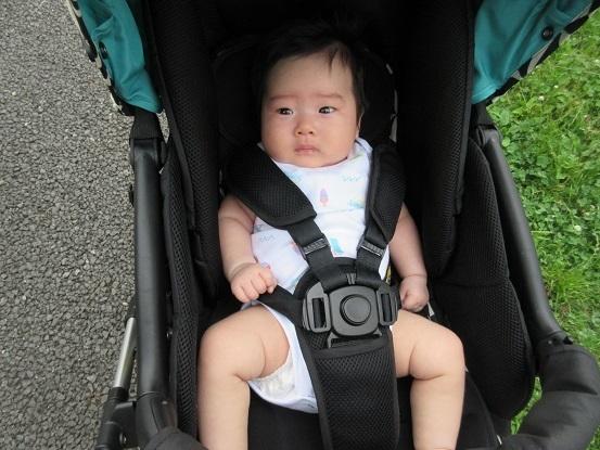 8C02 希衣ちゃん 2ヶ月 7人目で初めての女のお孫さん(3男子)0704