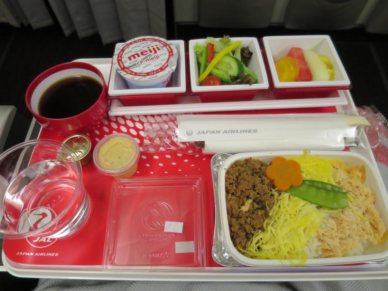 JL37 機内食 シンガポール JAL