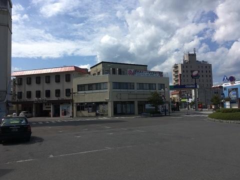 33久慈駅前2