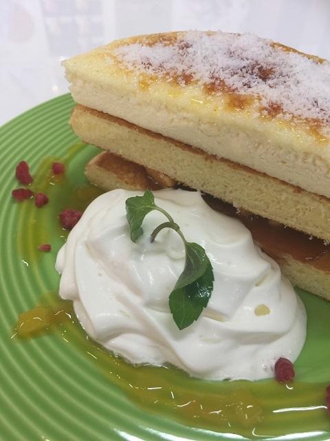 カフェ デ オラ 米粉パンケーキ ブリュレココ