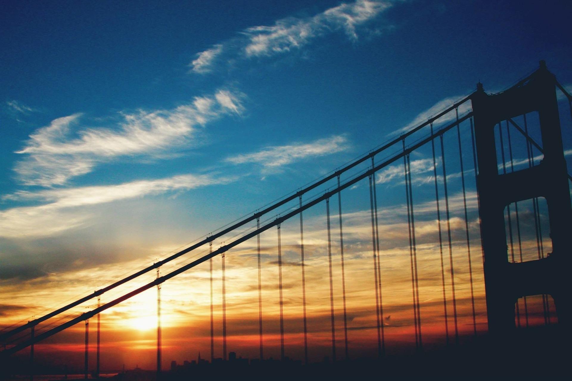sunset-1209654_1920.jpg
