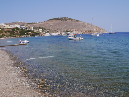 パラディソス前のビーチ