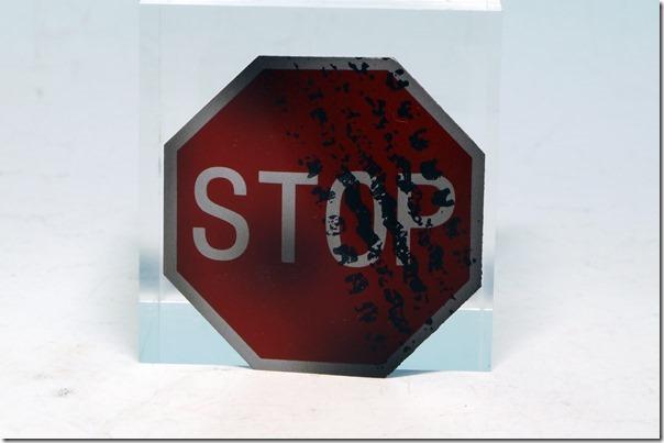 stop01