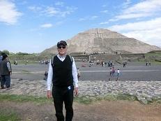 私とピラミッド