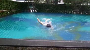 魔女泳ぐ (2)