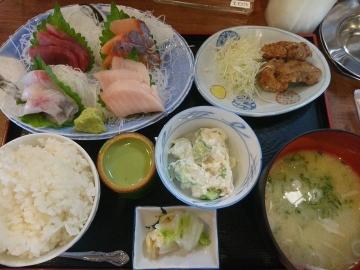 SFPダイニング 磯丸水産 刺身盛合御膳01 1708 201702