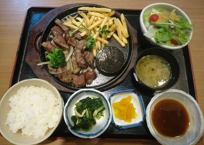 via-hd_ichigen_steak-01_201703.jpg