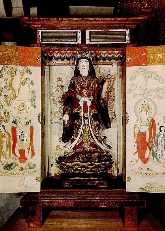 復元修復なった厨子に安置された浄瑠璃寺・吉祥天像