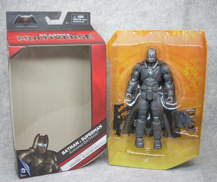 ARMORED BATMAN-004