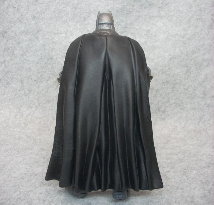 ARMORED BATMAN-009