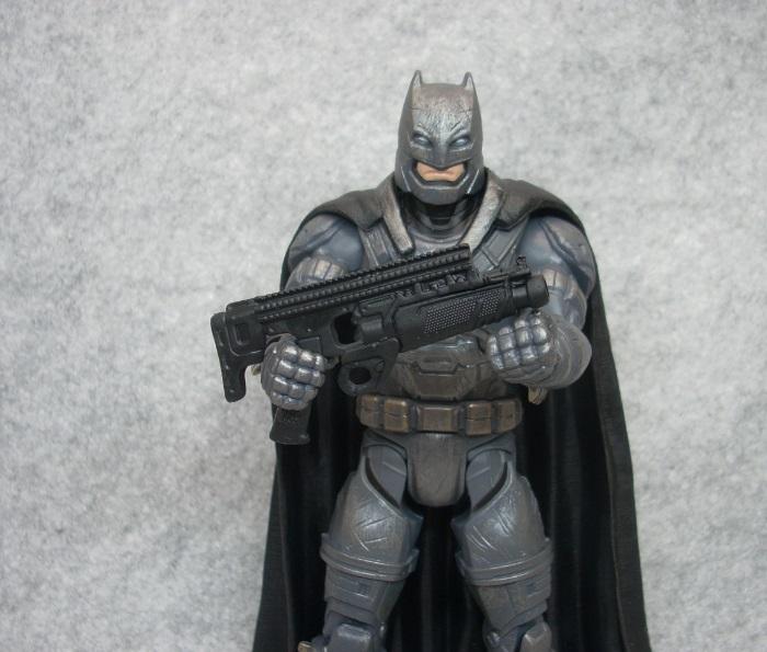 ARMORED BATMAN-012