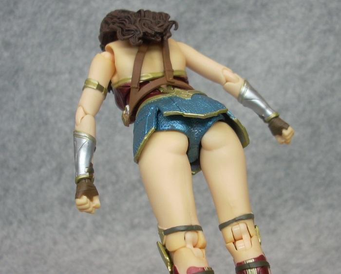 WONDER WOMAN-010