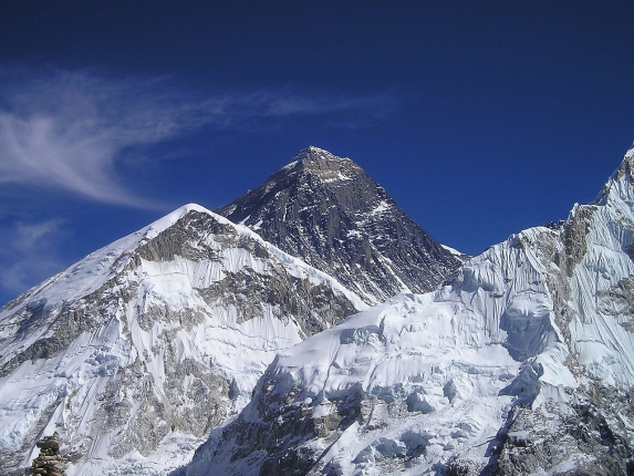 mount-everest-413_1280.jpg