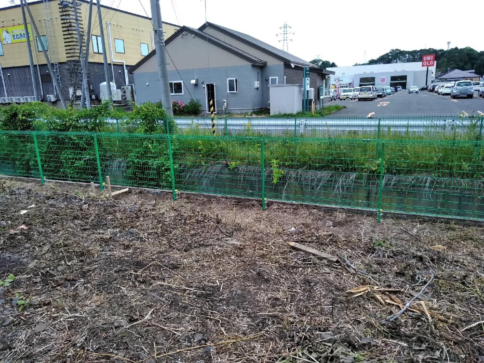 尾崎技研工業 フェンス設営