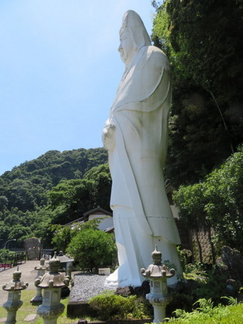 yahatano-kannon04.jpg