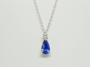 サファイヤとダイヤのネックレス3