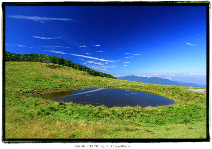 天空の池1607ooshikalake003.jpg