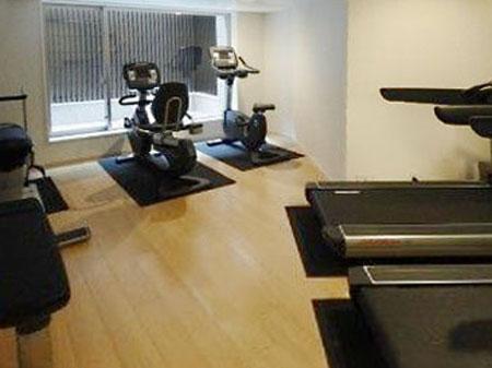 gym-450337.jpg