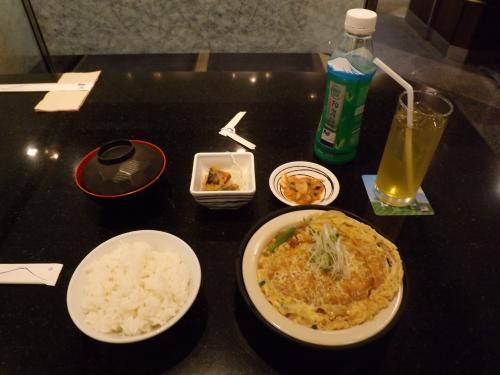 FUJIレストラン カツとじセット