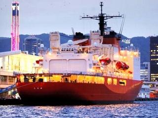 170922 神戸港に入港した「南極観測船・しらせ」m_kobe-20170922009_VGA