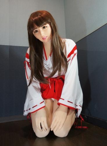 femalemask_Amico2A06
