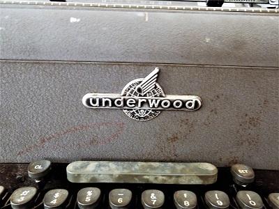 underwood タイプライター