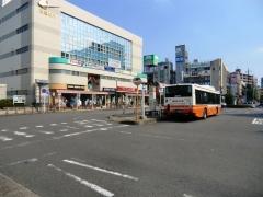 三郷駅南口