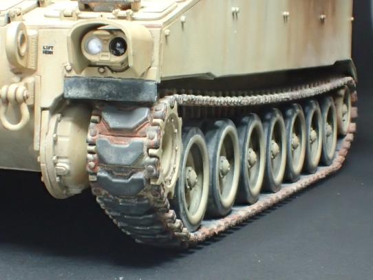 M109パラディン自走砲 キャタピラ