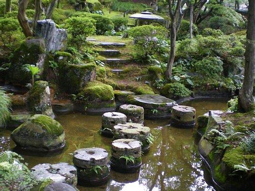 飯塚邸・庭園