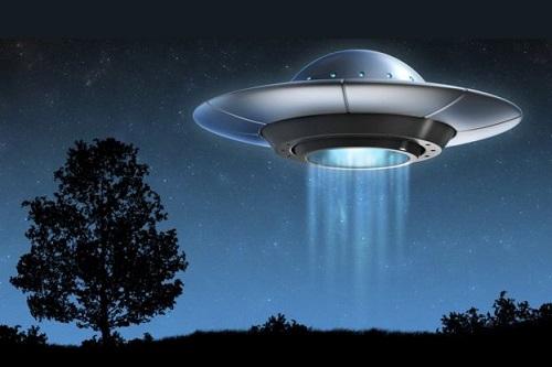 """40年前から続く北海道森町での""""UFO""""目撃談、住民「見飽きた」"""