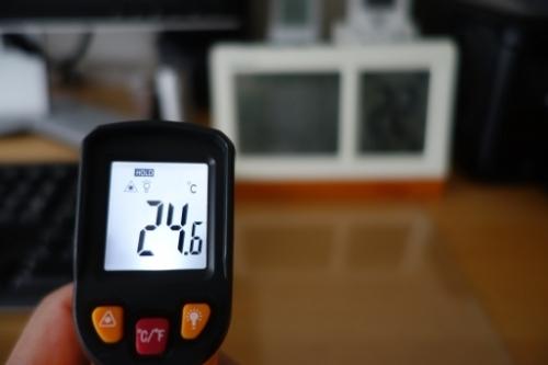非接触レーザー温度計 購入