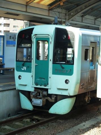 JR四国 1500形 気動車【高松駅】