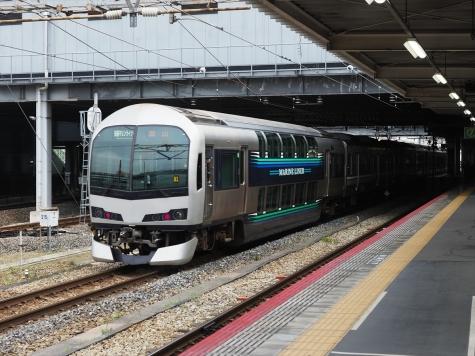JR 瀬戸大橋線 5000系+223系 快速「マリンライナー」