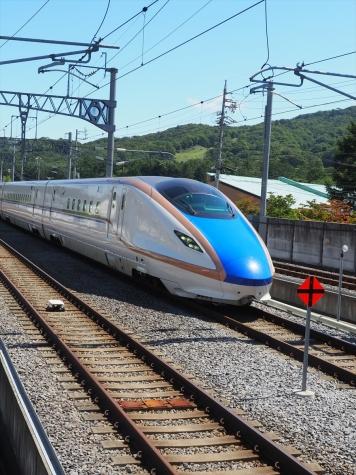 北陸新幹線 E7系 はくたか559号【軽井沢駅】