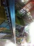 170827 (132)遠野ホップ加工処理センター_摘花機を2階から見下ろす